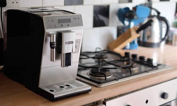 delonghi autentica plus review geweldige koffiemachine vivakoffie. Black Bedroom Furniture Sets. Home Design Ideas