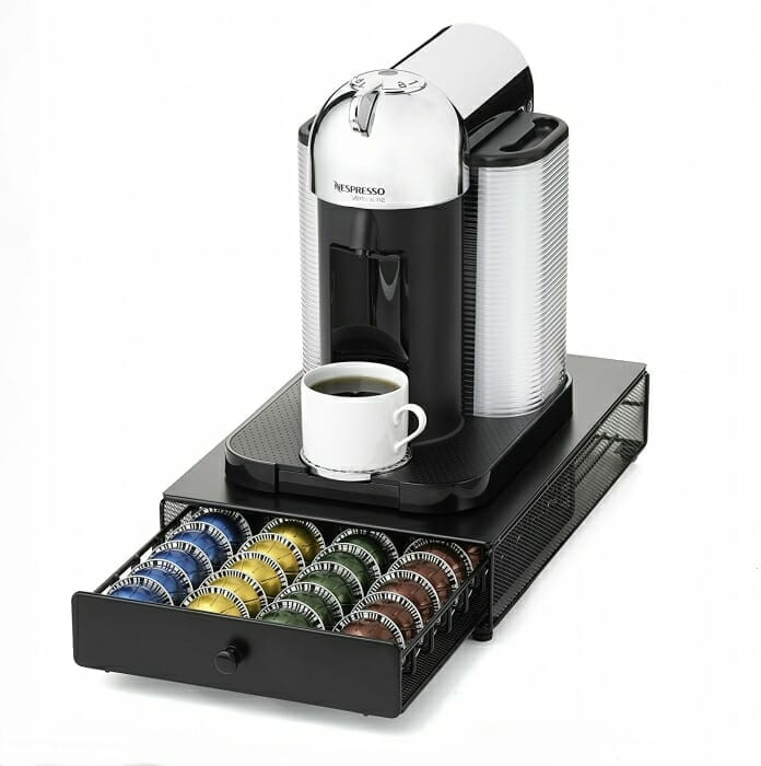 Koffiezetapparaat met cups