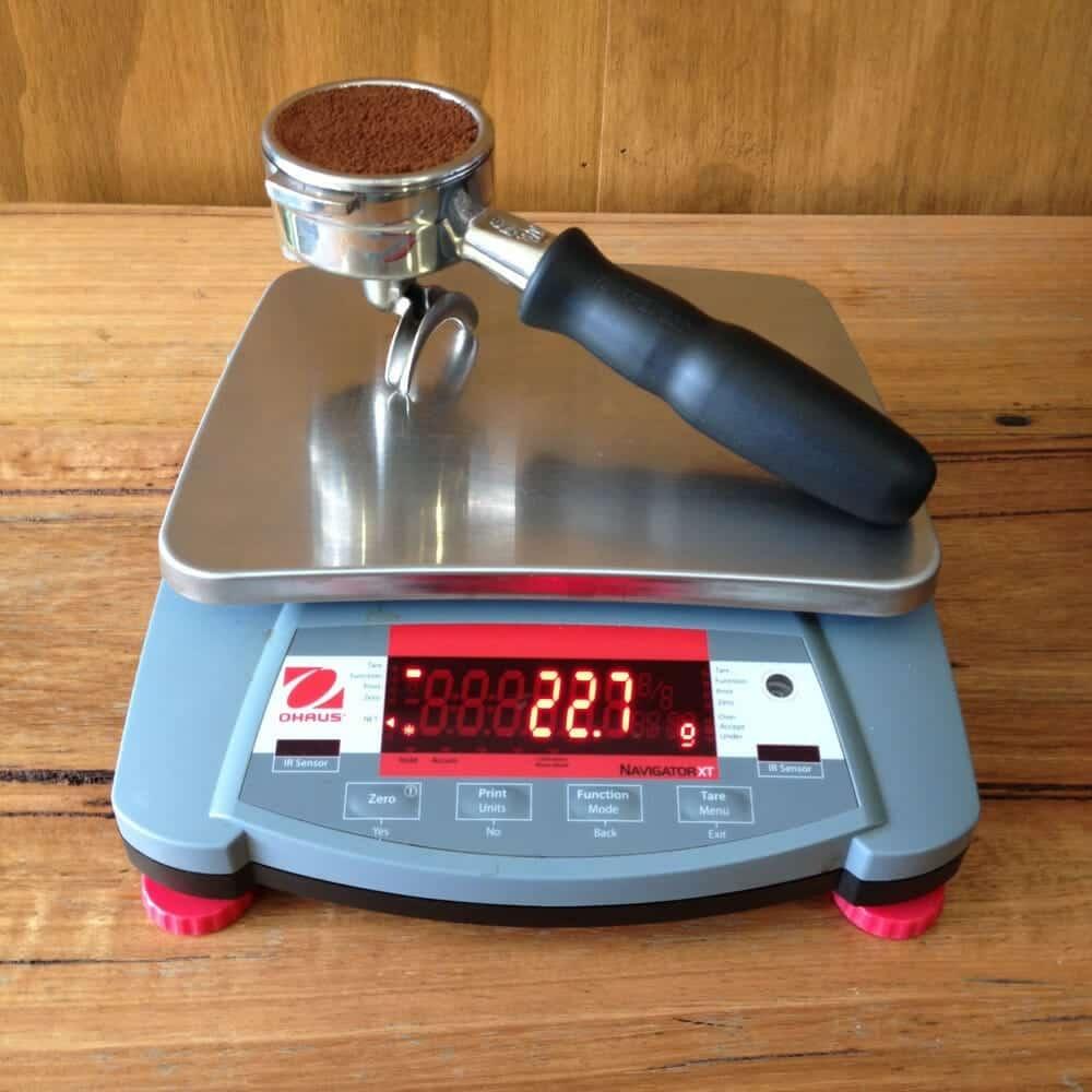 Keukenweegschaal koffie zetten