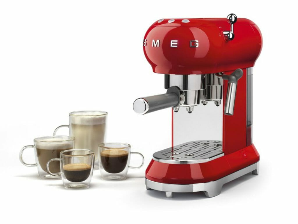 Smeg ECF01 koffie