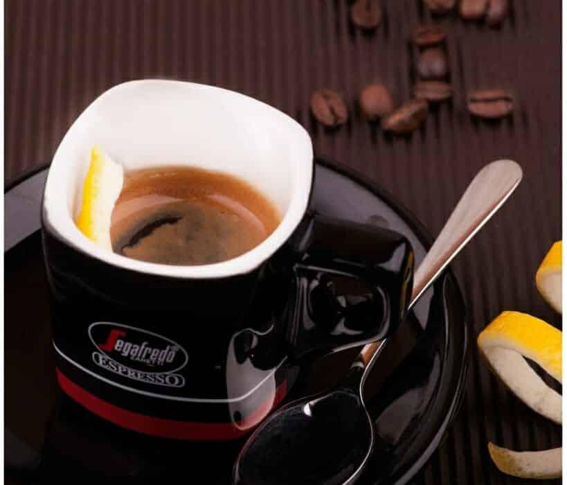 Unieke koffiedranken espresso Romano
