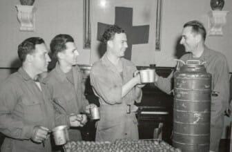 De geschiedenis van oploskoffie