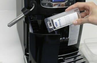 Hoe je koffiezetapparaat ontkalken? Zo doe je het goed